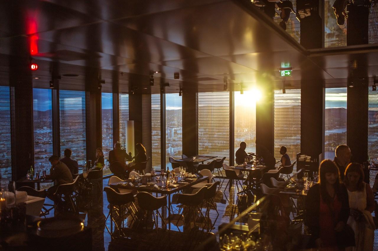 Jak zarabiać więcej - postaw na pagery do restauracji